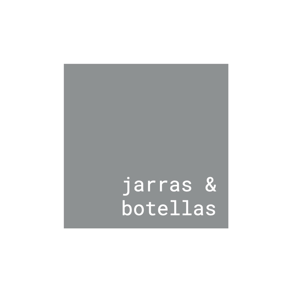 Jarras y Botellas